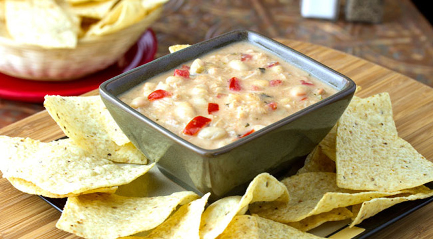 White Chicken Chili Dip